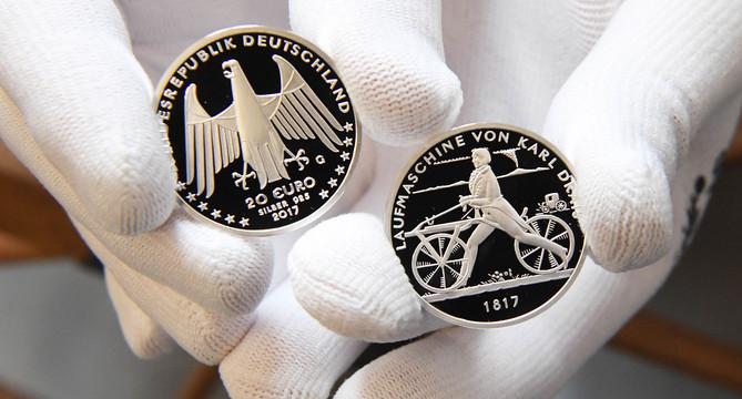 Erste 20 Euro Sammlermünze Laufmaschine Von Karl Drais 1817