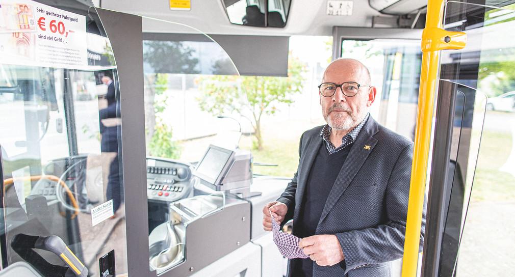 Verkehrsminister Winfried Hermann (Bild: Verkehrsministerium Baden-Württemberg)