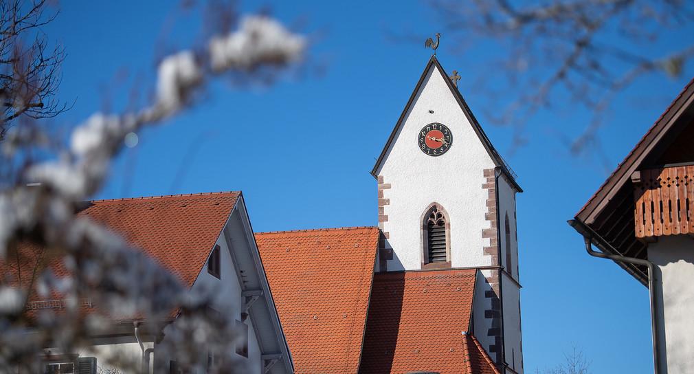 Kirche in Mönchweiler (Bild: © picture alliance/Sebastian Gollnow/dpa)