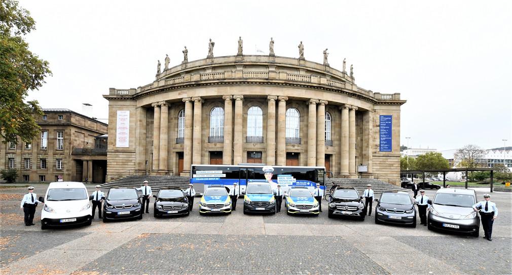 Übergabe neue Fahrzeuge an die Polizei Baden-Württemberg. (Bild: Innenministerium Baden-Württemberg)