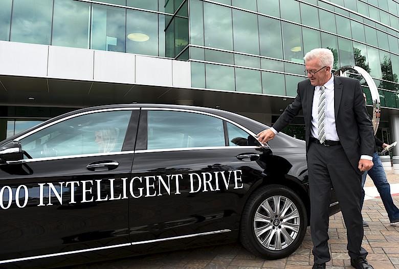 Media baden w for Mercedes benz research development north america