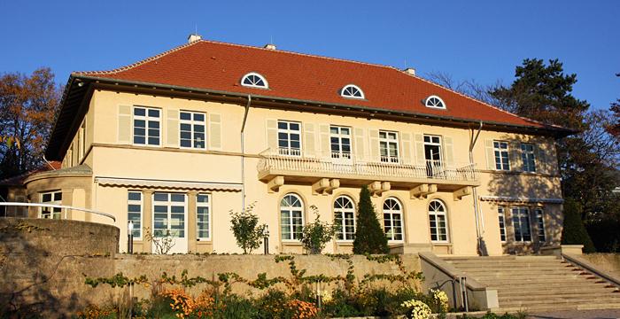 Außenansicht des Clay Hauses in Stuttgart